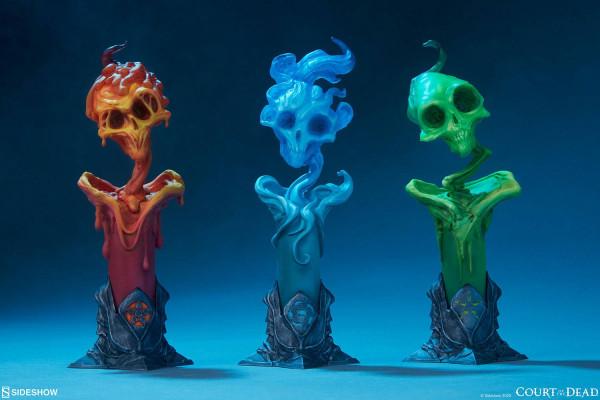 """Die hochwertigen Statuen aus Sideshow's """"Court of the Dead"""" Reihe wurden aus Resin gefertigt und verfügen über eine eingebaute LED Leuchtfunktion. Geliefert werden die Sammlerstücke, styropor-geschützt, im bedruckten Karton.<br /><br />Produktgröße: 18 x"""