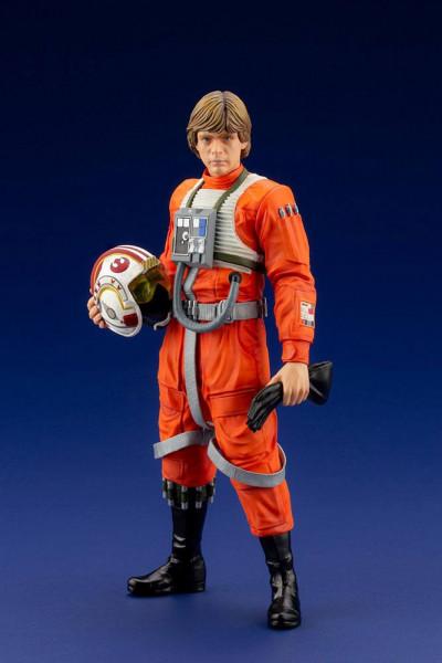 Aus der erfolgreichen ´ARTFX+´ Reihe von Kotobukiya kommt diese Star Wars Statue von Luke Skywalker.Die detailreiche PVC-Statue im Maßstab 1/10 ist ca. 17 cm gross und wird mit Base in einer Fensterbox geliefert!Die Statue muss in wenigen, einfachen Schri