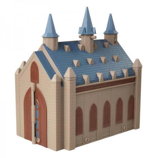 Aus dem Harry Potter Universum kommt dieses offiziell lizenzierte Spielset. Das Spielset wird zusammen mit Minifiguren und interaktiven Teilen in einer Fensterbox geliefert. Es ist außerdem mit den interaktiven Zauberstäben von Jakks kompatibel.